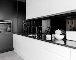 ul. Rzeczypospolitej 2 - Średnia otwarta kuchnia w kształcie litery l, styl minimalistyczny - zdjęcie od Patryk Kowalski Architektura i projektowanie wnętrz