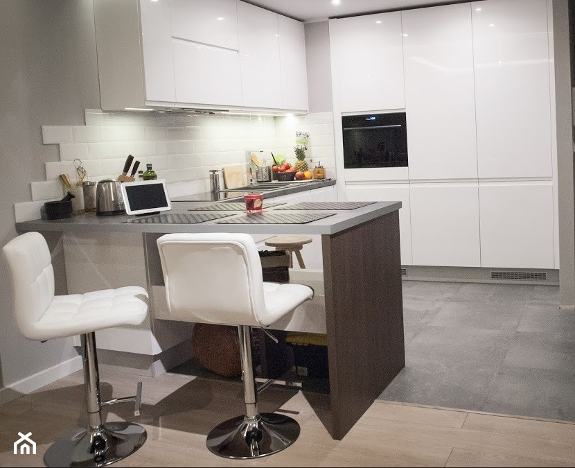 Kuchnia biała  zdjęcie od LI MONKA -> Kuchnia Tajska Biala Podlaska