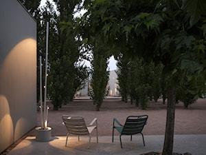 BAMBOO - Duży ogród przed domem w stylu skandynawskim - zdjęcie od VIBIA