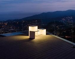 EMPTY - Duży taras na dachu - zdjęcie od VIBIA
