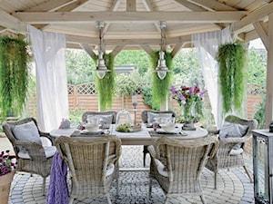 Średni ogród za domem - zdjęcie od Joanna Ciastek