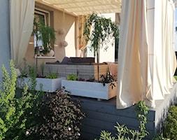 Taras - Średni taras z tyłu domu, styl nowoczesny - zdjęcie od Adriana Piotrowska - Homebook