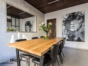 60m2 industrial - Średnia zamknięta szara jadalnia jako osobne pomieszczenie, styl industrialny - zdjęcie od eve07