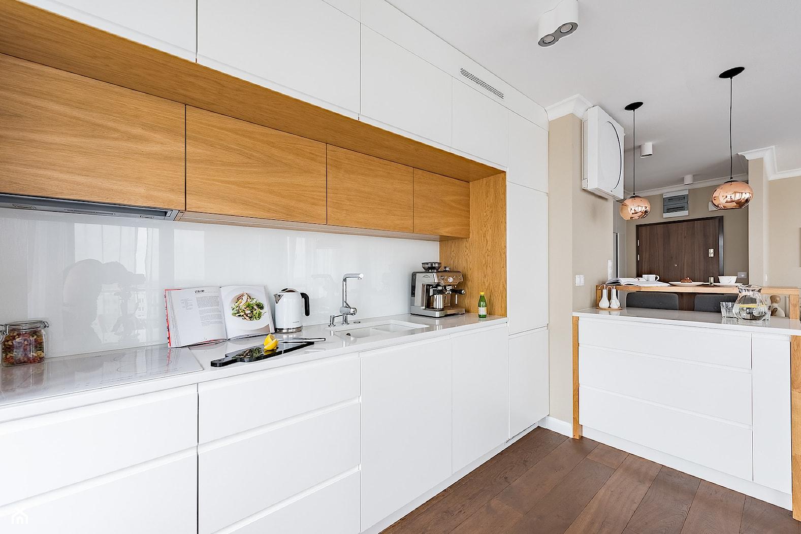 Mieszkanie w Lublinie - Średnia otwarta beżowa kuchnia w kształcie litery l, styl nowoczesny - zdjęcie od wz studio - Homebook