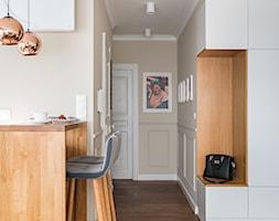 Mieszkanie w Lublinie - Mały beżowy hol / przedpokój, styl nowoczesny - zdjęcie od wz studio