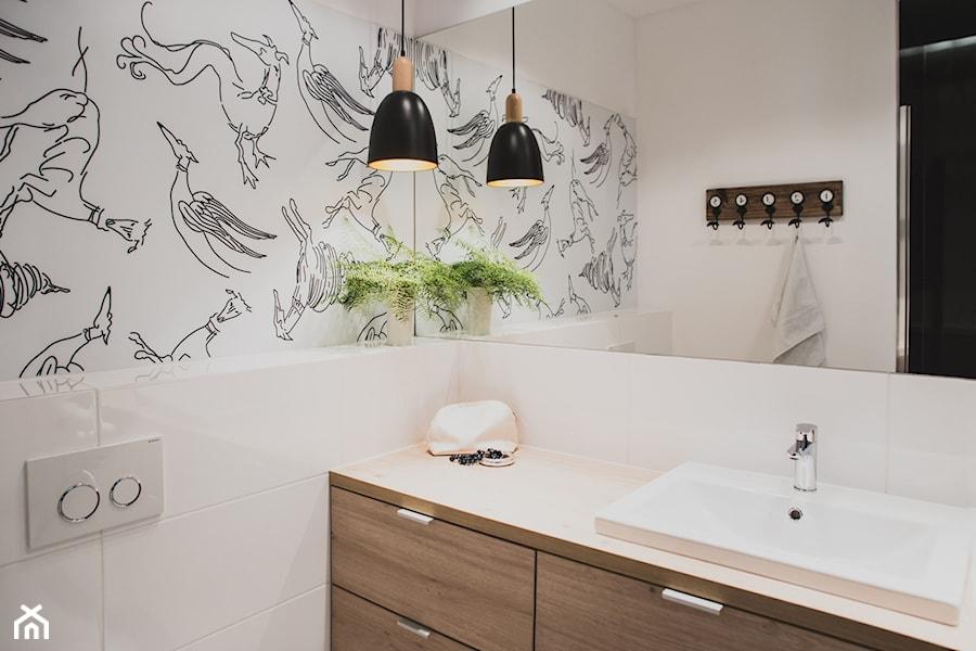 Gdańsk. ul.Szafarnia - Średnia biała łazienka w bloku bez okna, styl nowoczesny - zdjęcie od Raca Architekci