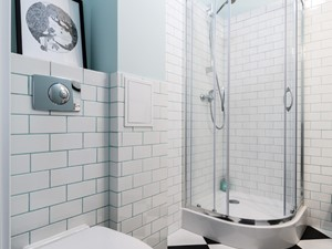 Ochota - mieszkanie na sprzedaż - Średnia biała niebieska łazienka bez okna - zdjęcie od IDEALS . marta jaślan interiors