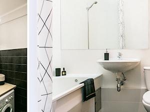 Apartament inny niż wszystkie - rearanżacja i home staging mieszkania na wynajem - Mała szara łazienka w bloku w domu jednorodzinnym bez okna, styl industrialny - zdjęcie od IDEALS . marta jaślan interiors