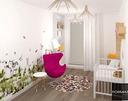 Mieszkanie ludzi z pasją - Mały biały pokój dziecka dla chłopca dla dziewczynki dla niemowlaka, styl nowoczesny - zdjęcie od Studio FORMAT HOME