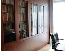 biblioteka w gabinecie - zdjęcie od OMII. Agata Słoma