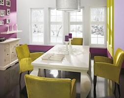 Aranżacje - Mała zamknięta biała fioletowa jadalnia jako osobne pomieszczenie - zdjęcie od Magnat Magia Szlachetnych Barw