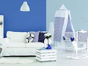 Aranżacje - Mały niebieski pokój dziecka dla chłopca dla dziewczynki dla niemowlaka, styl eklektyczny - zdjęcie od Magnat Magia Szlachetnych Barw