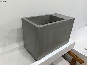 Betonowa umywalka kubik.