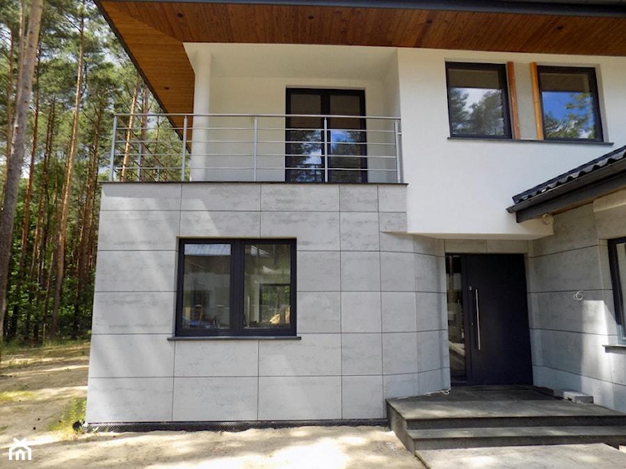 Bardzo dobryFantastyczny Płyta z betonu architektonicznego na elewacji - beton DX07