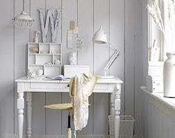 Małe białe biuro kącik do pracy w pokoju, styl skandynawski - zdjęcie od Judyta