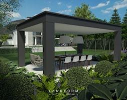 TWO LEVELS - Duży ogród za domem z huśtawką, styl nowoczesny - zdjęcie od Landform