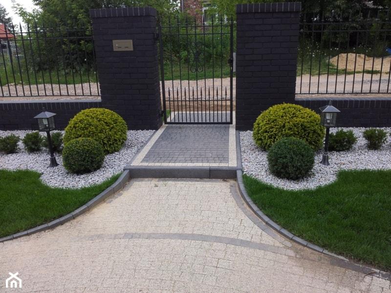 Ogród Przed Domem Aranżacje Pomysły Inspiracje Homebook