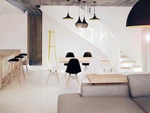Dom w Skale - Duża otwarta szara jadalnia w salonie, styl minimalistyczny - zdjęcie od KONZEPT Architekci