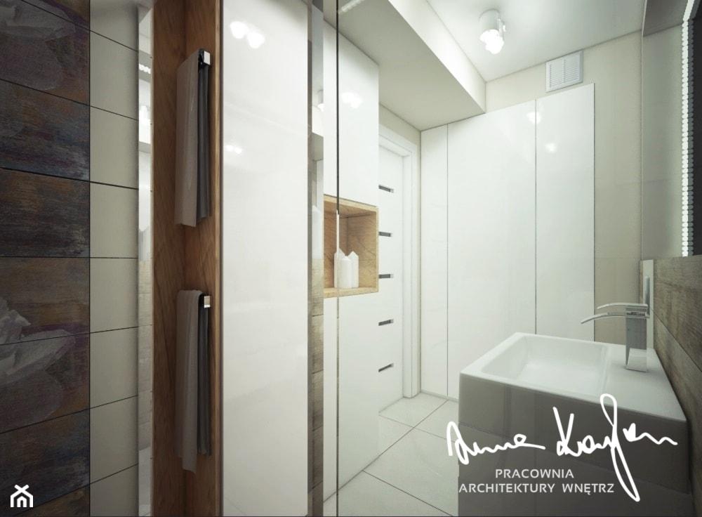 Łazienka 6m2 - Mała szara łazienka na poddaszu w bloku w domu jednorodzinnym bez okna - zdjęcie od Anna KarJan Pracownia architektury wnętrz - Homebook