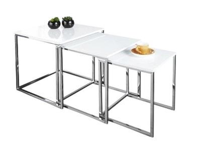 Zestawy stolików - wyposażenie wnętrz