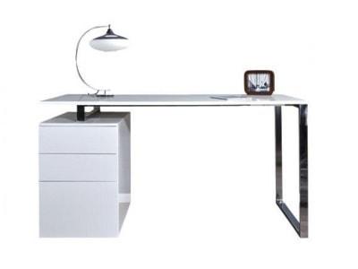 Biurka od 500 zł do 1000 zł - wyposażenie wnętrz