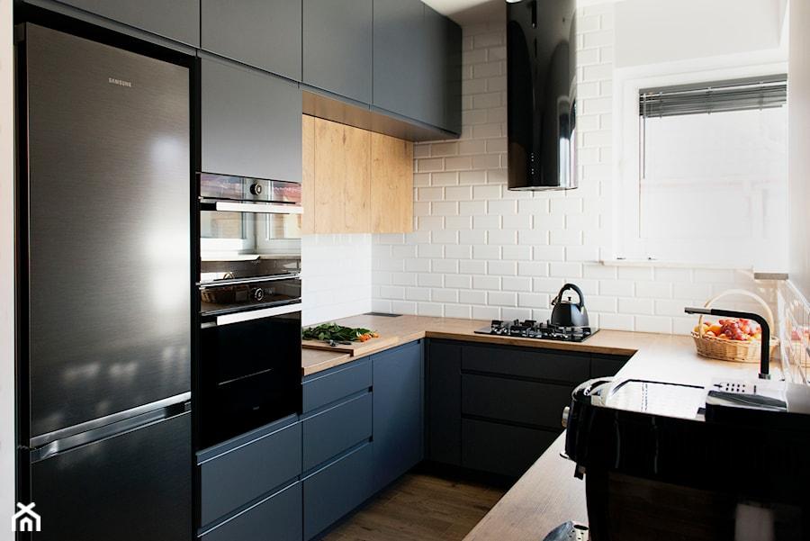 Kuchnia Grafit Biel I Drewno średnia Biała Kuchnia W