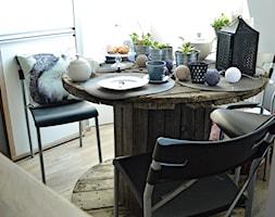 #konkurs Nasza jesienna jadalnia - Mała zamknięta biała jadalnia jako osobne pomieszczenie, styl rustykalny - zdjęcie od My Sweet Dreaming Home