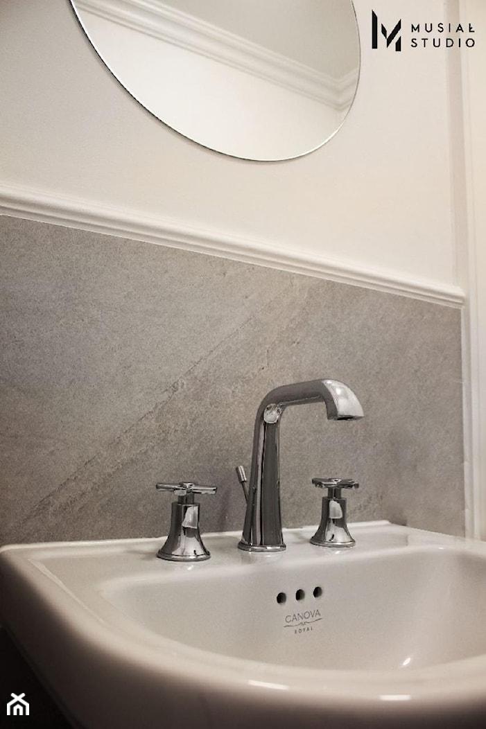 Zdecydowana Ślężna - Biała łazienka, styl art deco - zdjęcie od Musiał Studio - Homebook