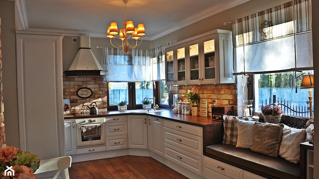 Jak Udekorować Okno W Kuchni Homebook