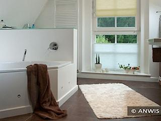 Osłony okienne, czyli sposób na komfortową łazienkę