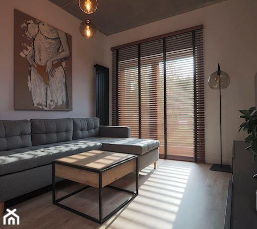 3 sprawdzone sposoby na przesłonięcie dużych okien w domu