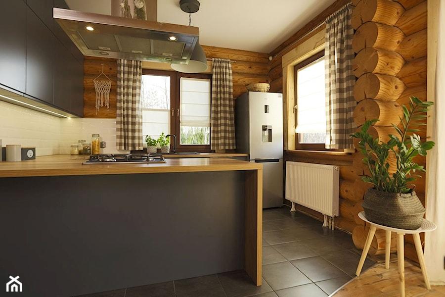 Rolety rzymskie - Kuchnia, styl rustykalny - zdjęcie od ANWIS Sp. z o.o.