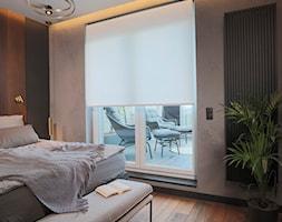 Rolety materiałowe sterowane elektrycznie - Sypialnia, styl nowoczesny - zdjęcie od ANWIS Sp. z o.o. - Homebook