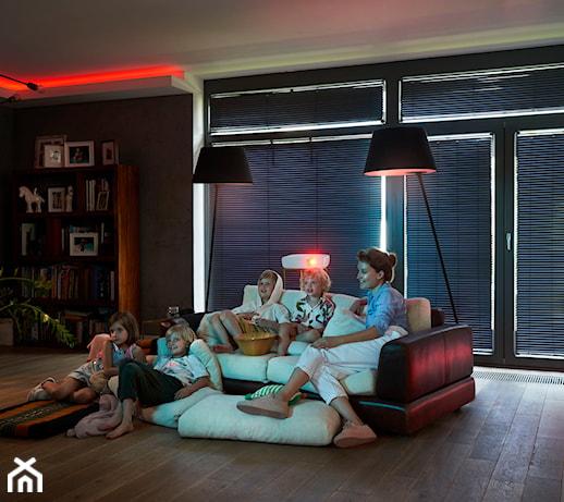 Osłony okienne na wymiar – jak kupić bez wychodzenia z domu?