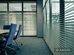Osłony okienne do biura