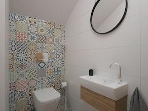 Projekt domu 90 m2 / Kraków - Średnia biała kolorowa łazienka na poddaszu, styl eklektyczny - zdjęcie od BIG IDEA studio projektowe