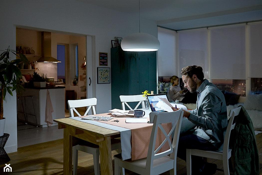 Najlepsze Oświetlenie Przy Korzystaniu Z Komputera Tabletu