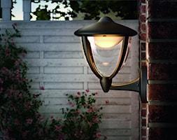 Lampy zewnętrzne - Mały ogród przed domem, styl klasyczny - zdjęcie od Philips Lighting