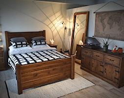 Rustyk - Mała szara sypialnia małżeńska, styl rustykalny - zdjęcie od SEART.PL - Homebook