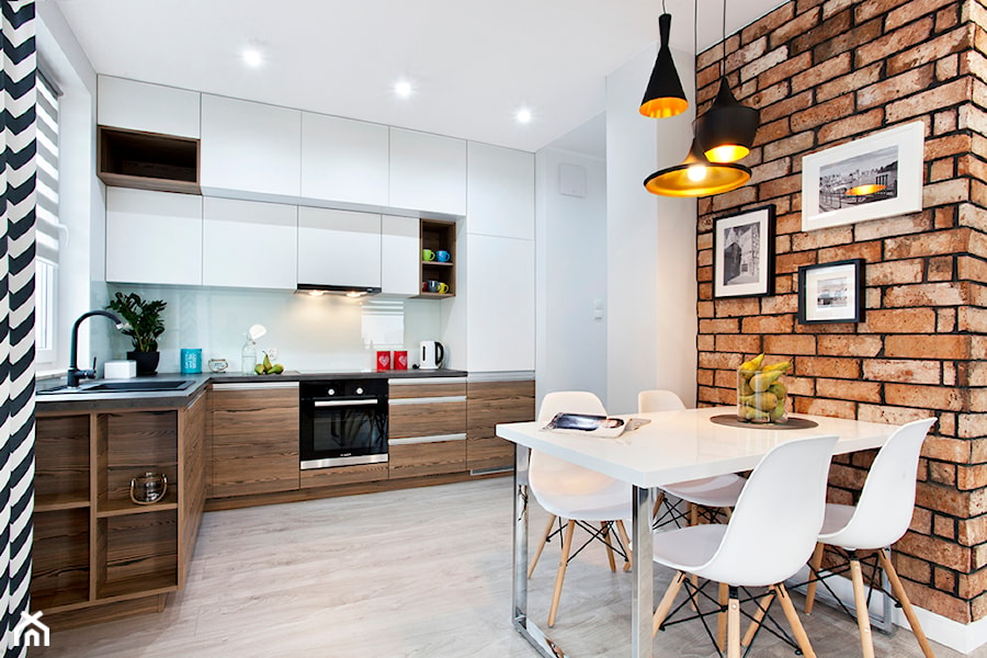 Aranżacje wnętrz - Kuchnia: Czwarty Żagiel- mieszkanie z widokiem na Zatokę - Malee - Projektowanie z pasją. Przeglądaj, dodawaj i zapisuj najlepsze zdjęcia, pomysły i inspiracje designerskie. W bazie mamy już prawie milion fotografii!