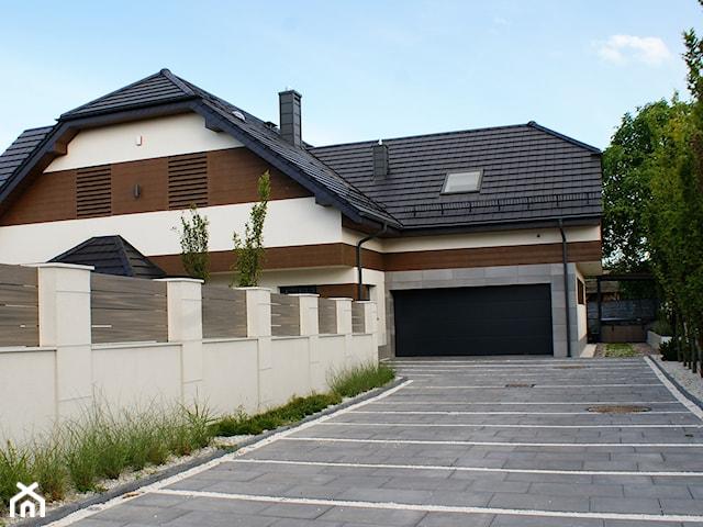 GDYNIA POGÓRZE- Realizacja ogrodu i elewacji domu. Dom 230 m2