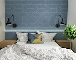 Pastelowe 48m2 - Mała biała niebieska sypialnia małżeńska, styl skandynawski - zdjęcie od Grafika i Projekt architektura wnętrz - Homebook