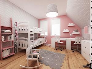 Ruda śląska - zabudowa szeregowa - Średni szary pastelowy różowy pokój dziecka dla dziewczynki dla rodzeństwa dla malucha, styl skandynawski - zdjęcie od More-IN Architekci