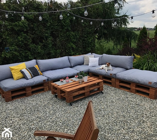 Meble z palet – pomysły do domu i ogrodu