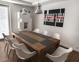 Szeregówka Białystok-realizacja - Średnia otwarta biała jadalnia w salonie, styl skandynawski - zdjęcie od Antracyt