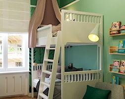 LEŚNY POKÓJ DZIECIĘCY - Mały zielony pokój dziecka dla chłopca dla dziewczynki dla rodzeństwa dla ucznia dla malucha dla nastolatka, styl eklektyczny - zdjęcie od MARTA PERSKA INTERIORS