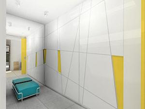 Korytarz wejściowy z garderobą, dom jednorodzinny - Średnia zamknięta garderoba, styl minimalistyczny - zdjęcie od meinDESIGN