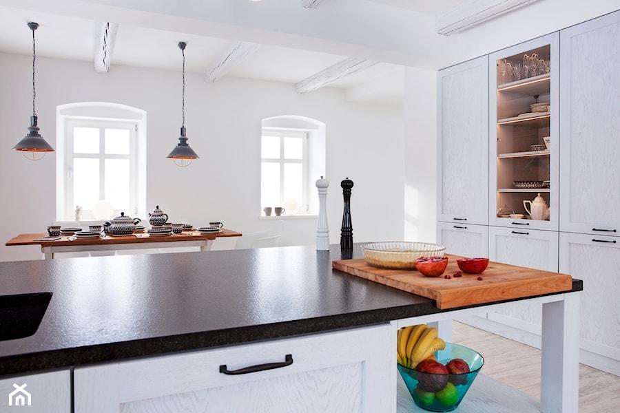 Dom W Górach Orlickich Mała Otwarta Biała Kuchnia Jednorzędowa Z