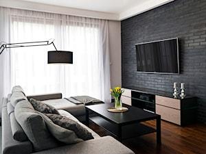 Apartament z czarną cegłą