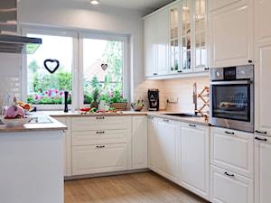 Kuchnia w stylu skandynawskim. - zdjęcie od Kwadraton